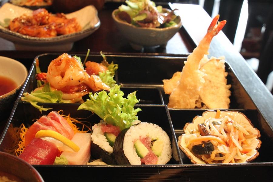 Seafood Bento ($16.8)