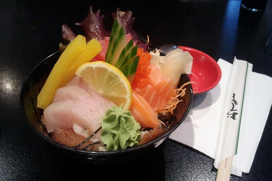Mini Sushi Don $14.8