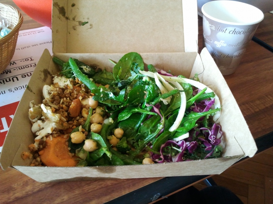 Quinoa and purple cabbage; chickpeas, broccolli, spinach; mixed grain, sunflower seed and almond salad