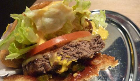 Huxtaburger - Denise (The Hot One) - Beef Pattie, Mustard, Mayo, Tomato Sauce, Tomato, Cheese, Lettuce, Pickles, Jalapeno, Sriracha Mayo ($9,50)