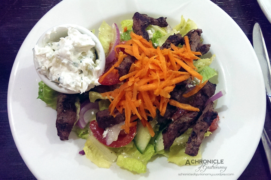 Lamb Salad w. Tzatziki ($18)