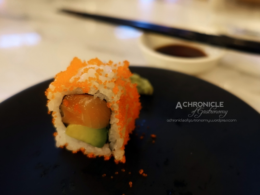 Shake Avocado Maki - Inside-Out Sushi Roll With Salmon And Avocado And Coated With Masago $11