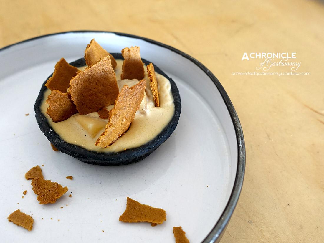 Charcoal Tart - Vanilla Poached Quince, Espresso Cream, Honey, Caramelised Cane Sugar, Feuillitine Shards ($5)
