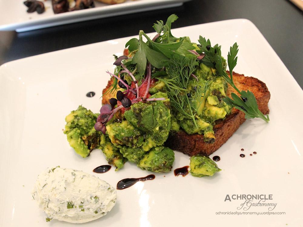 Smashed Avocado w Strawberry Jalapeno Chutney, Herbed Labneh, Balsamic Honey &  Nourished House Loaf ($18)edit