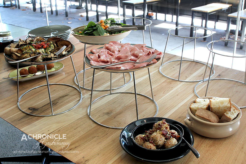 Zaza 39 s cucina italiana richmond a chronicle of for Zaffron kitchen set lunch
