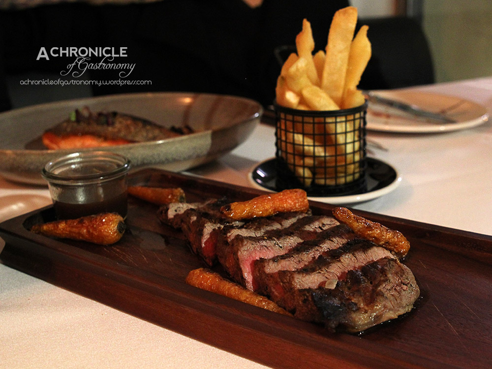 Bavette Steak w. Truffle Salt and Chips