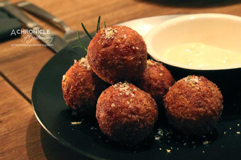 Hercules Morse (20) Cauliflower & Cheese Balls w. Lemon-Rosemary Salt and Dijon Dipping Mayo ($8.50)