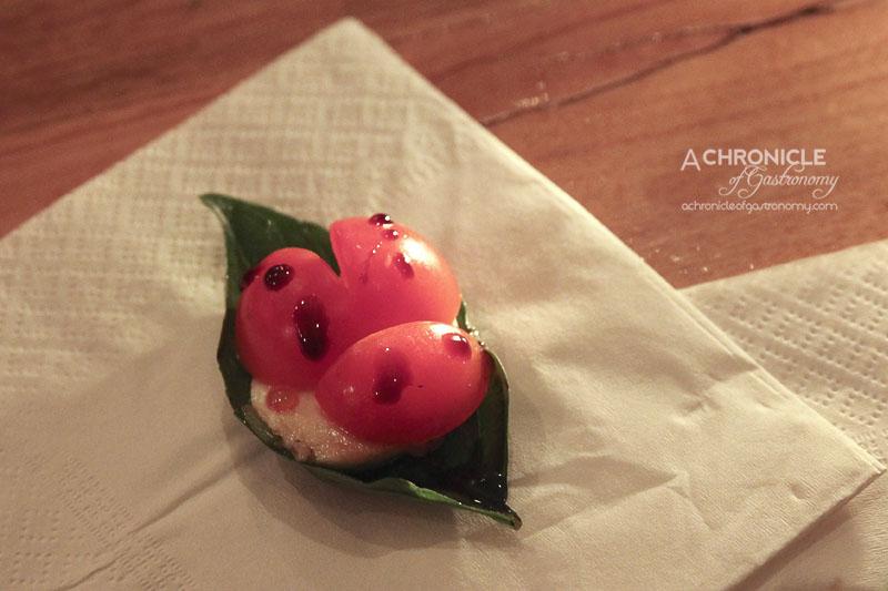 Lounge Kitchen - Mini Caprese Salad Ladybird - Tomato, Mozzarella, Basil