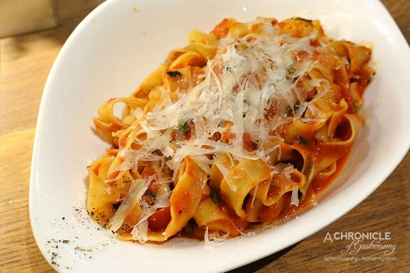 Vapiano - Gamberi - Prawns, Tomatoes, Spring Onion in Homemade Tomato Sauce with Tagliatelle ($20.90)