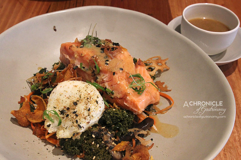 Red Door Corner Store - Slow-cooked Ocean Trout, Miso-braised Kale and Shiitake, Pickled Carrot, Daikon and Nori Seaweed Salad, Sweet Potato and Lotus Chips, Crispy Egg ($19)