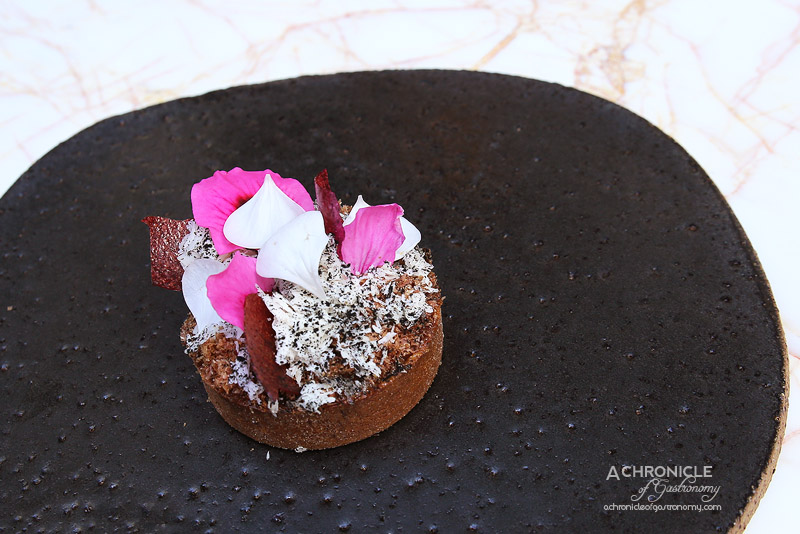 Lume - 4 - Emu Tart with Warm Jersey Milk and Rose Geranium, Macadamia