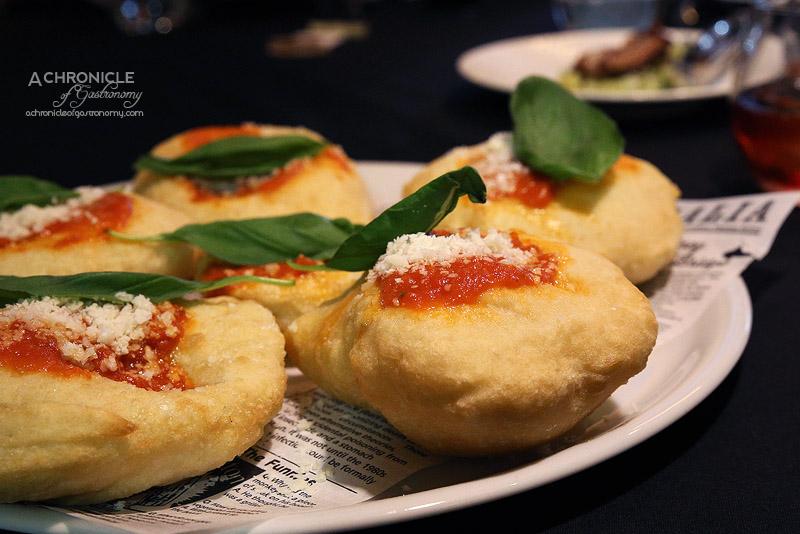 Eat'aliano by Pino - Montanara with grana padano, napoli sauce, basil