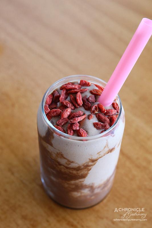 Sardi - Cacao Kicker Smoothie - Almond milk, cacao, protein powder, preanut butter, honey, banana, goji berries ($9.50)