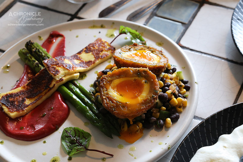 Fordham's Milk Bar - Hash brown scotch egg - grilled asparagus, spanish beans, beetroot relish, halloumi ($18.50)