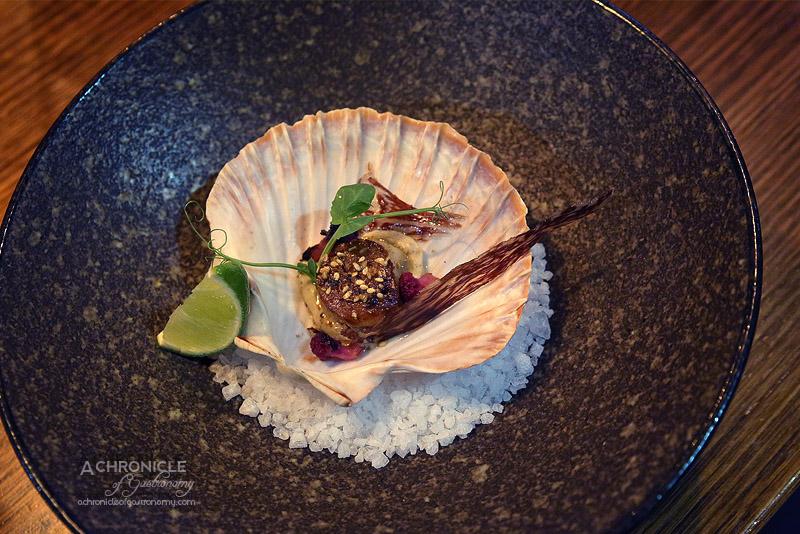 Steak Ministry Bar & Grill - Seared sea scallops - Wagyu bresaola, dukkha, burnt cauliflower, hazelnut puree