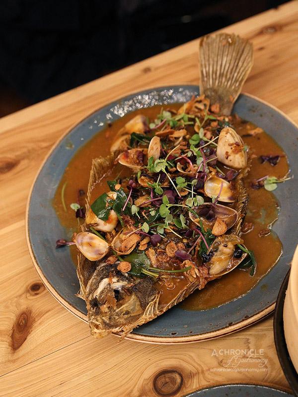 West of Kin - Winter 2016 Menu Launch - Deep-fried flounder, pipis in black bean sauce, crunchy wild rice, can nouc