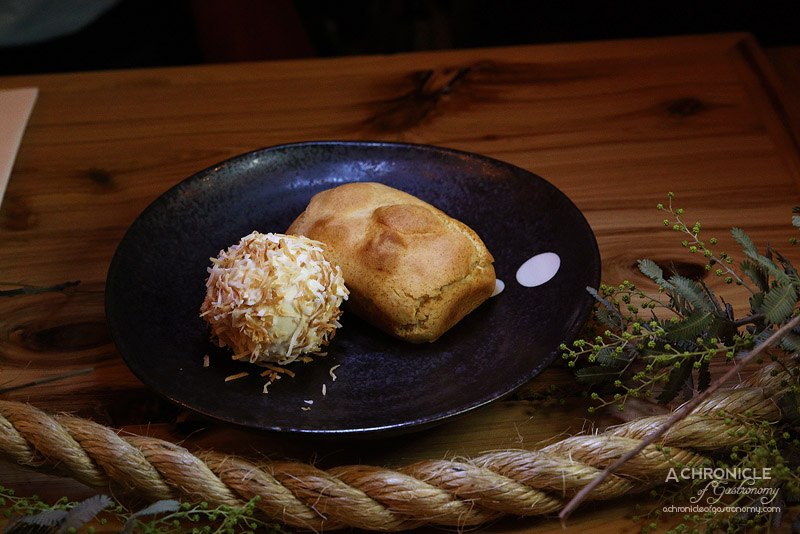 West of Kin - Winter 2016 Menu Launch - Taiwanese pineapple cake, blueberry, coconut and cheesecake icecream