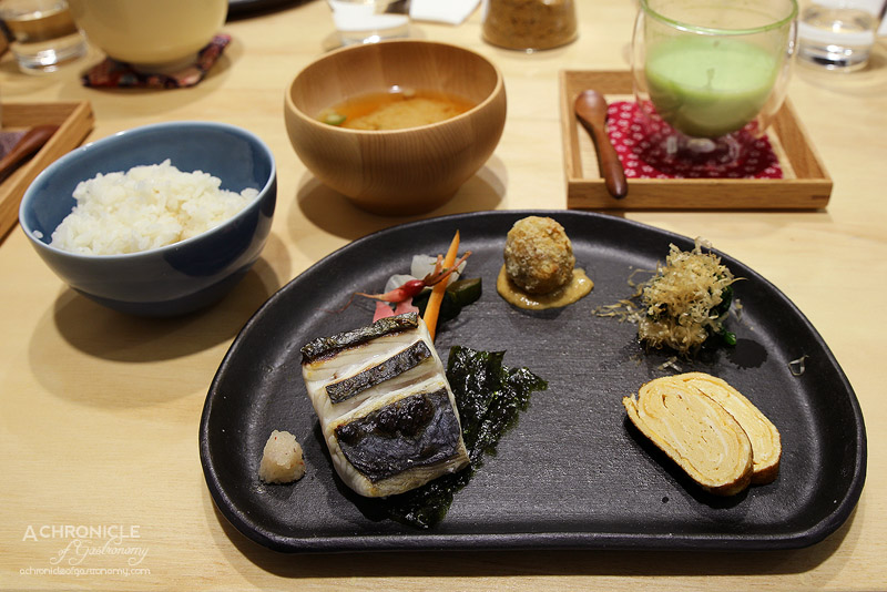 Chotto - Breakfast Set - Charcoal grilled fish, dashi maki tamago, kobachi (chicken and taro ball), spinach, pickles, miso soup, donabe-cooked rice ($25)