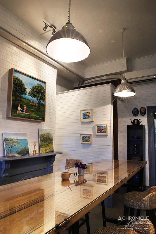 Walls are decorated with paintings created by Fon herself who completed a Masters in Fine Arts in Thailand. & Oneyada Thai Cafe | Abbotsford | A Chronicle of Gastronomy ...