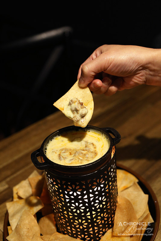 Pablo Honey - Chorizo and cheese fundido with hickory corn chips ($14)