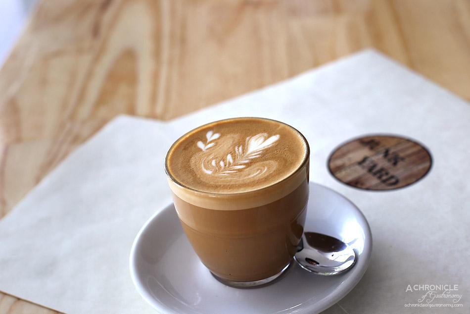Junkyard - Latte