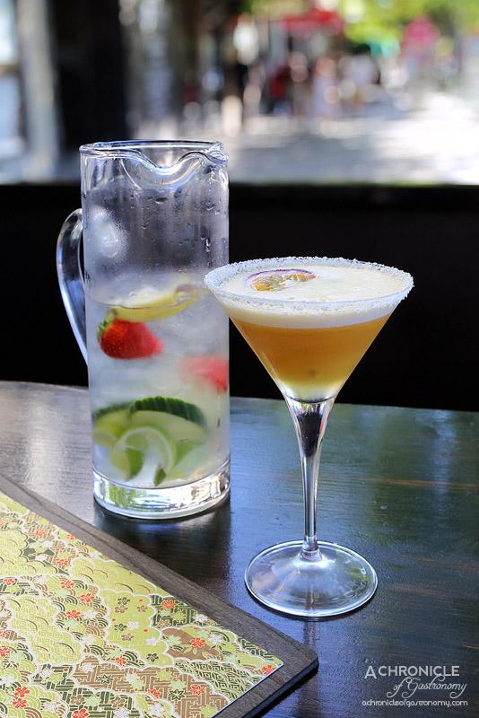 Robarta - White Chocolate & Passionfruit Martini - Vanilla vodka, passionfruit liqueur, passionfruit puree, white chocolate syrup, ruby red grapefruit juice ($18)