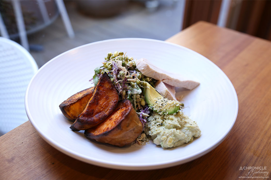 MOM Cafe - Caramelised sweet potato w avocado and hemp protein hummus, sprouted bean cabbage slaw w nut milk dressing, steamed chicken breast ($24)