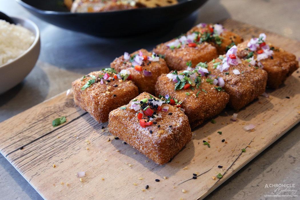 Oriental Teahouse - Salt & Pepper Tofu - Lightly Battered Tofu Coated In Garlic Salt, Sprinkled With Chilli, Onion & Sesame ($13.80)