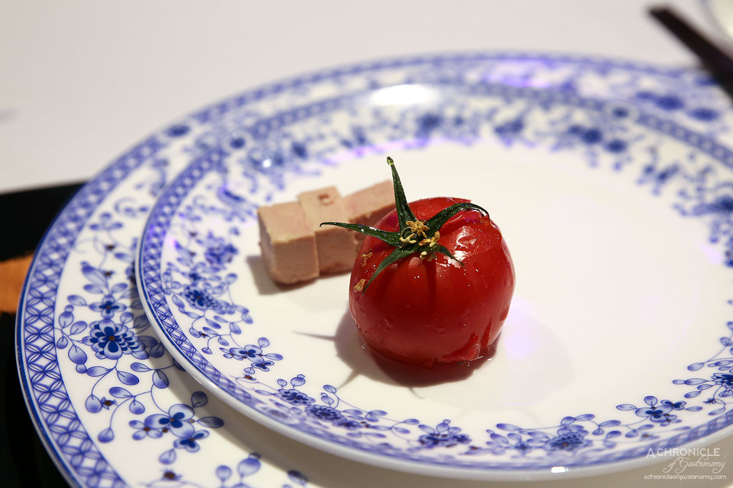 Secret Kitchen Dai Long Banquet - Foie Gras w Honey-seasoned Baked Tomato and Osmanthus