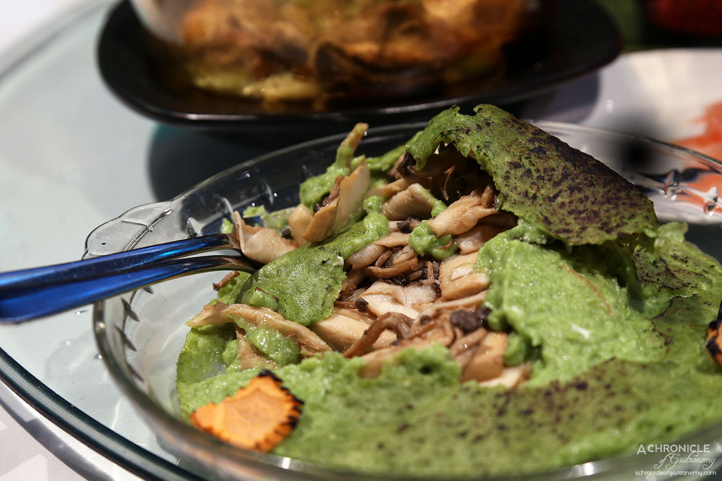 Secret Kitchen Dai Long Banquet - Baked Wild Mushroom in Emerald Sauce