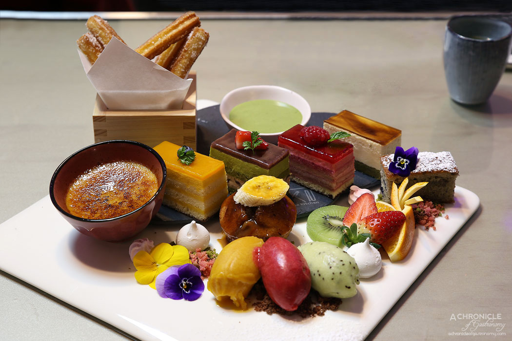 Aoki - Dessert platter