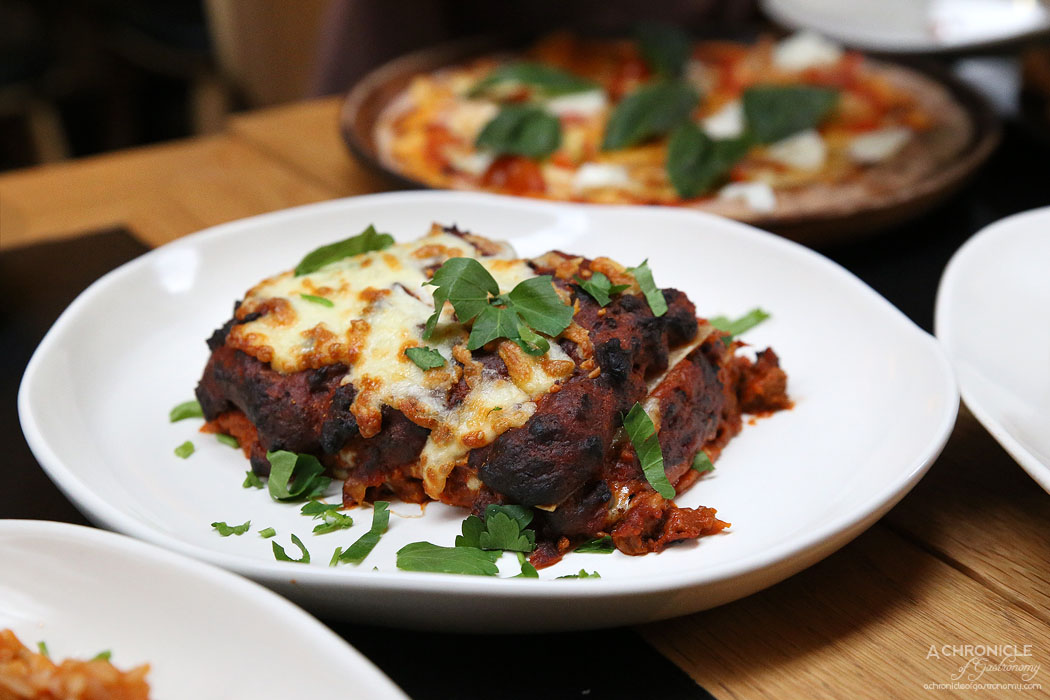 Piccolino - Lasagna w homemade bolognese, cheese ($22)