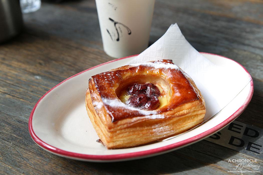 Pickett's Deli & Rotisserie - Noisette Pastry
