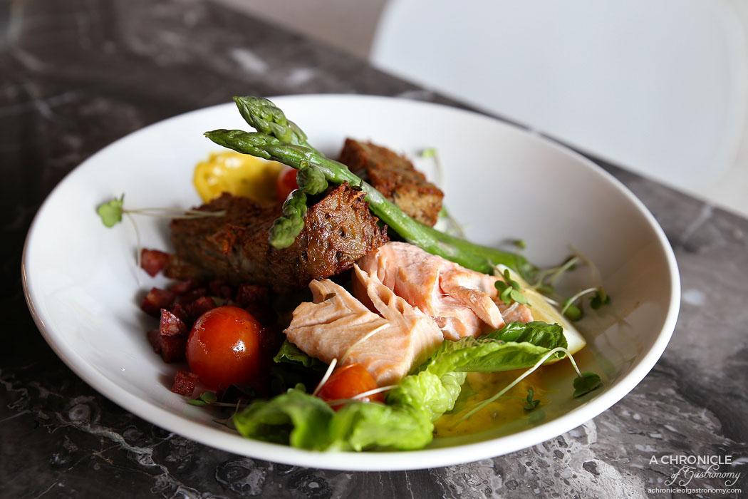 Monroe - Poached Salmon Fillet w potato rostis, asparagus, roasted cherry tomatoes, baby cos lettuce, tomato, chorizo crumb, lemon caper sauce ($22)