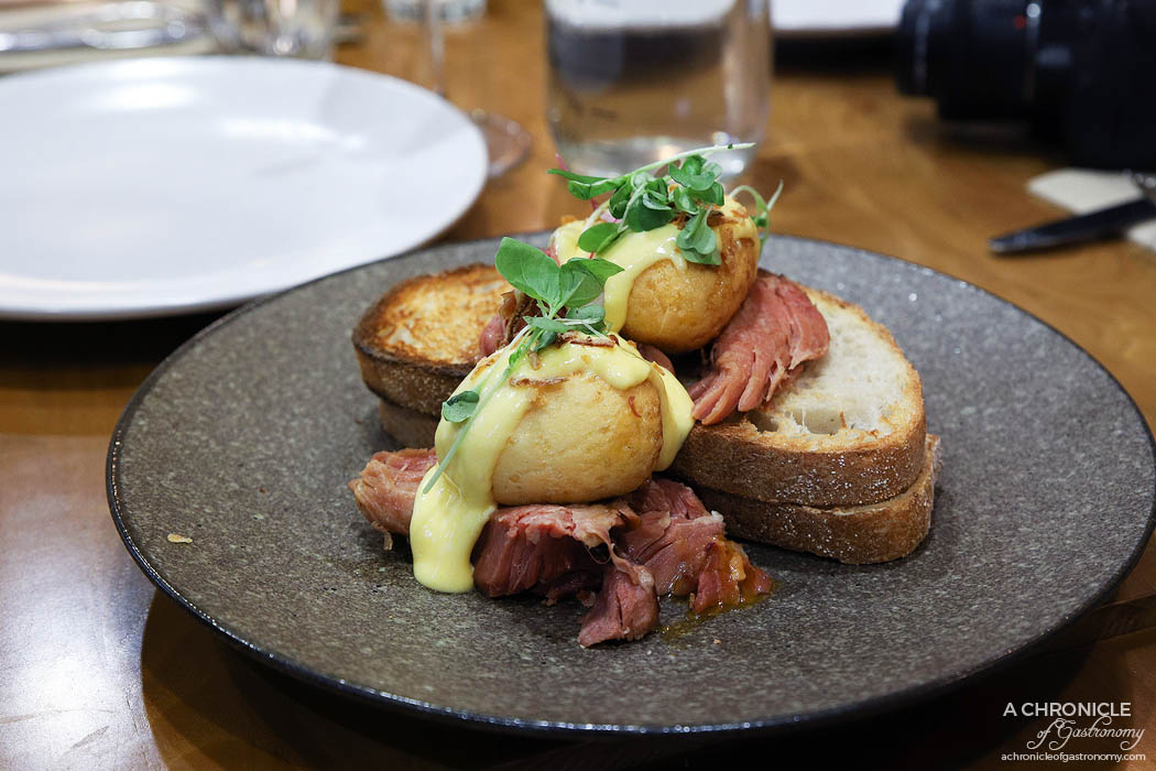 Le Clec - Son In Law Benedict - Deep fried soft boiled egg, smoked ham hock, tamarind glaze, hollandaise, fried shallots, sourdough ($17,50)