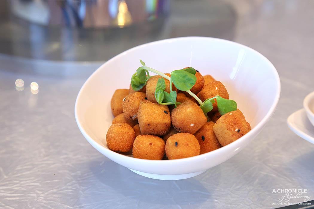 Sun Kitchen - Golden crispy tofu
