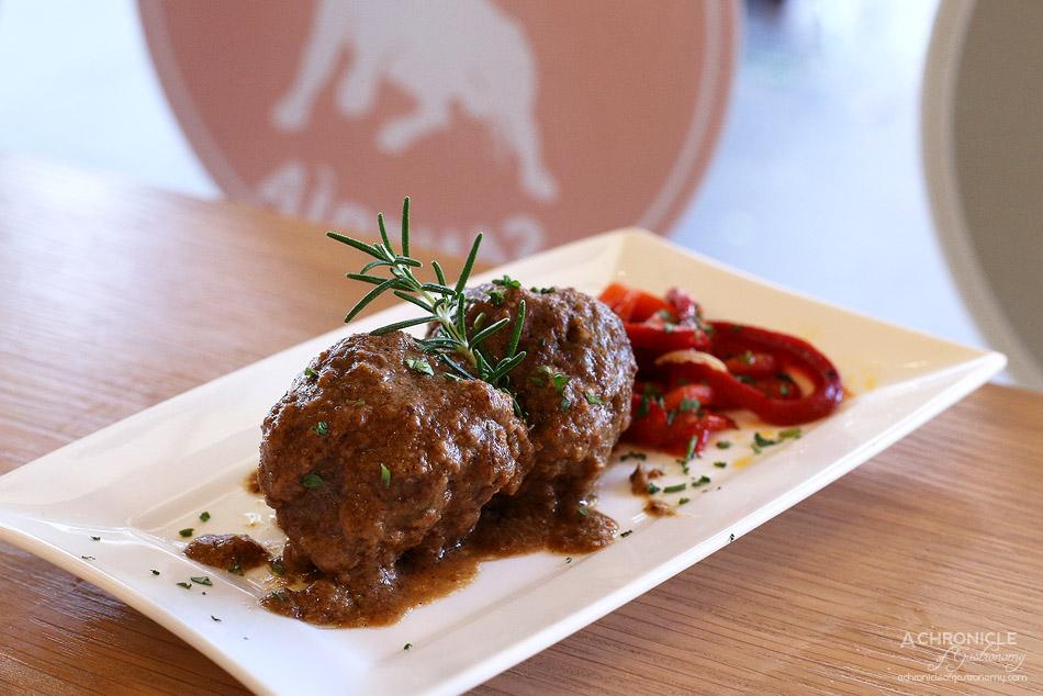 El Rincon - Albondigas - Spanish meatballs with almond and white wine sauce