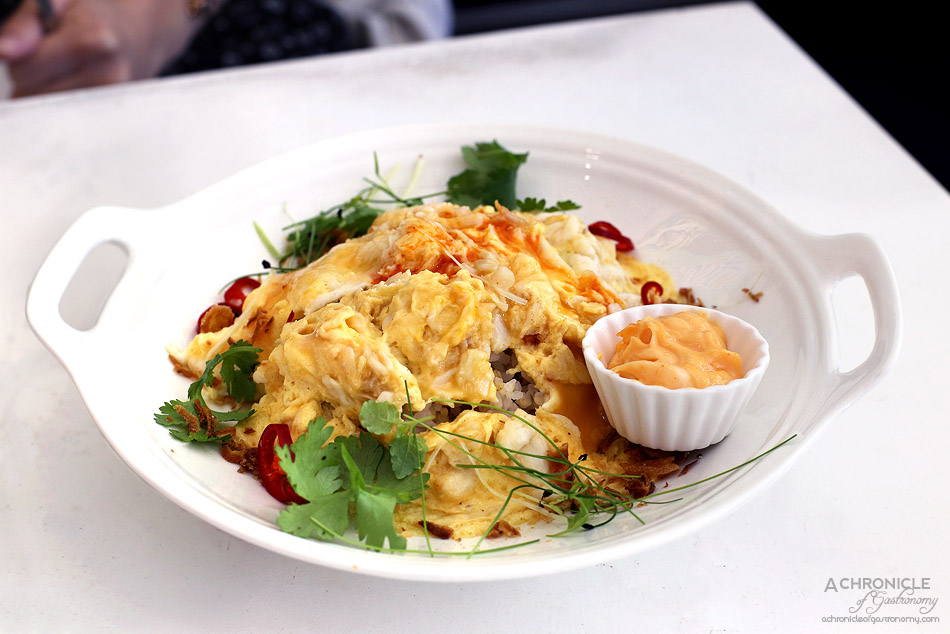 Humble Rays - Crab meat scramble, coconut quinoa rice, coriander, shallot salt, mild sriracha mayo ($17,50)