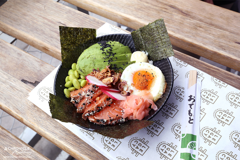Legacy - Sushi bowl w salmon tataki, avocado, nori, watermelon, radish, pickled ginger, sushi rice, spring onions, shichimi chilli, fried egg ($21)