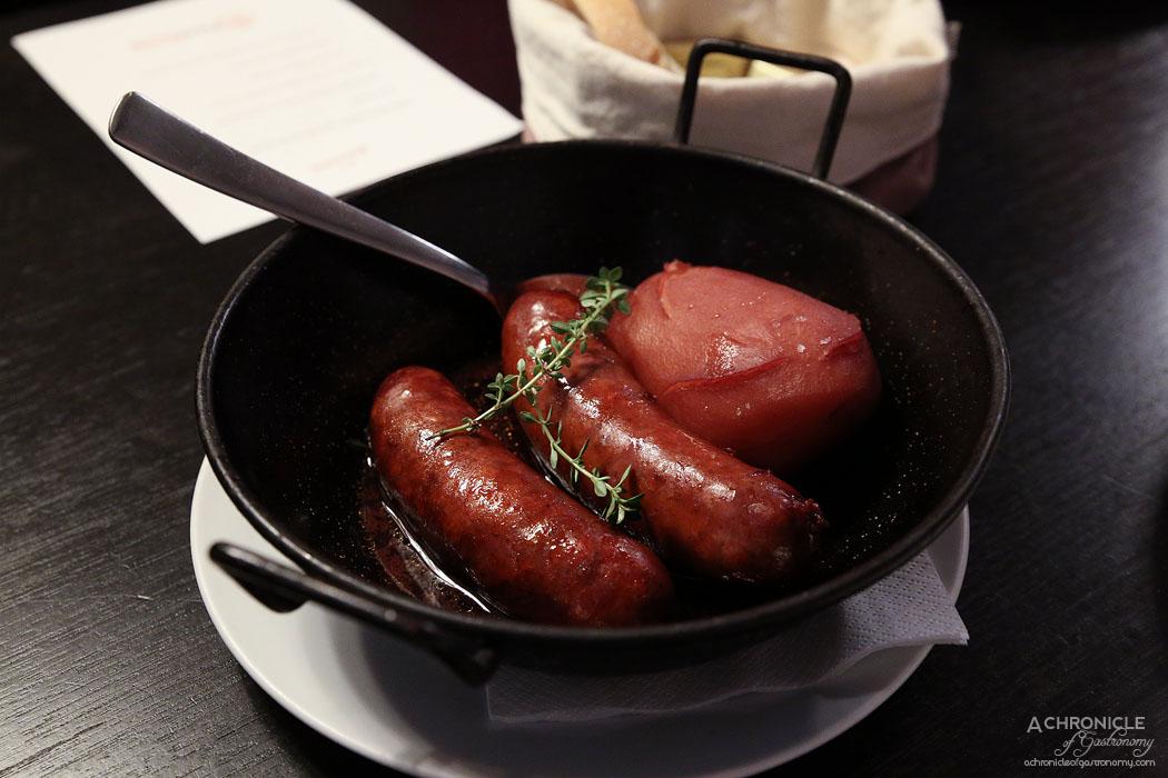 Bar Lourinha - House chorizo, nicola potato & red wine