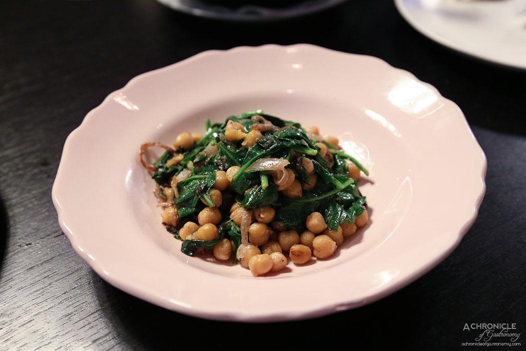 Bar Lourinha - Spiced chickpea & spinach