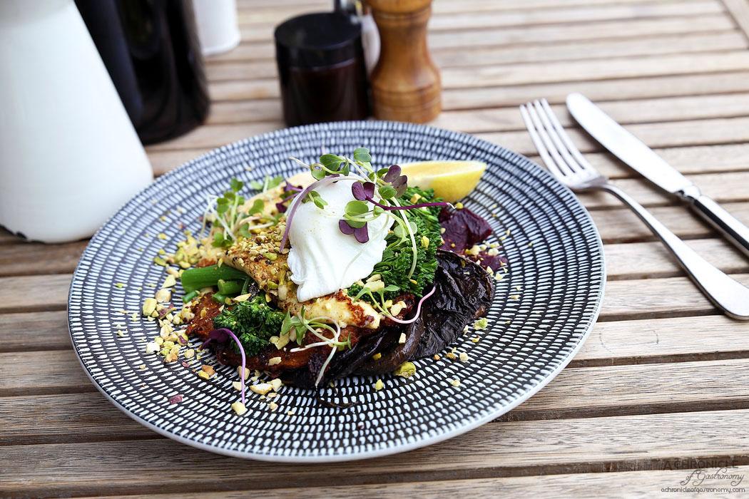 Mr Brightside - Sweet Potato and Leek Fritter w mushroom, haloumi, broccolini, beetroot, hummus, house dukkah, poached egg ($18.50+3)