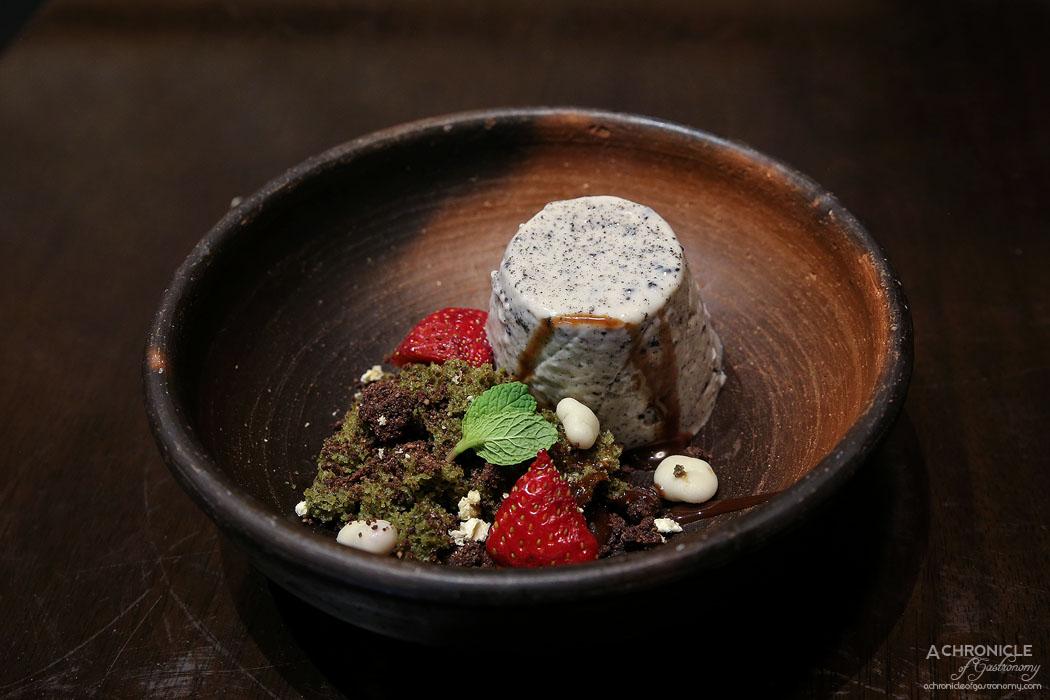 Machi - Black Sesame Panna Cotta (Pudding) - Black sesame pudding, green tea sponge cake, chocolate soil ($9.80)