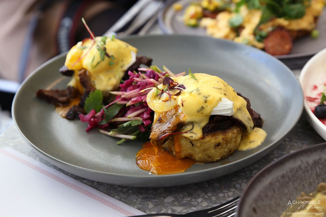 Northcote STN - Slow-cooked beef cheek, rosemary hash, spiced cabbage, apple slaw, poached eggs, bearnaise ($21)