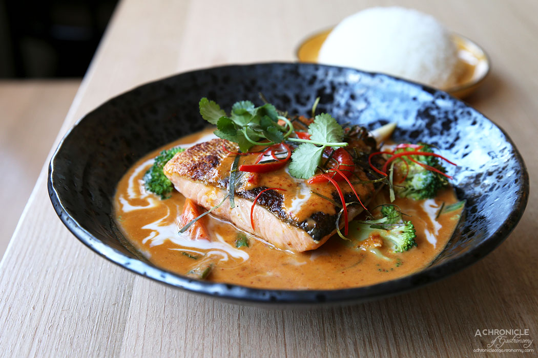 Thai Thani - Crispy Skin Salmon Fillet Choo Chee Curry with steamed veggies, coconut cream, infused w lime leaf ($20)