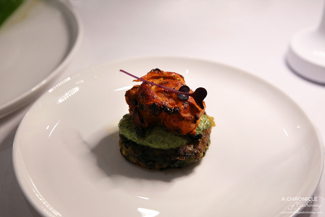 Atta - Murgh Tikka - Spicy tandoori chicken, spinach tikki, mint chutney, coriander infused oil
