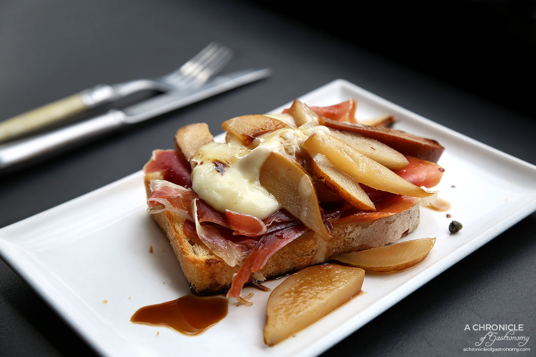 Kings and Knaves Espresso - Pear and Prosciutto - Honey baked pear with prosciutto, taleggio, fig jam and vincotto drizzle ($12)