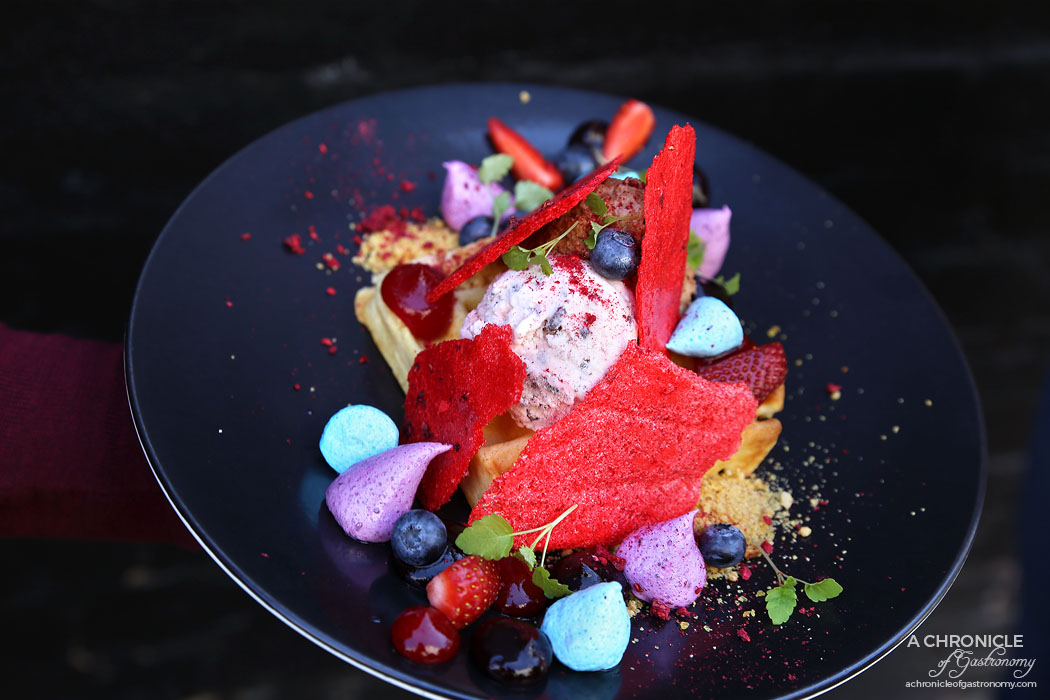 Sir Charles - Eton Mess Waffle - Belgium waffle w jelly tip ice cream, nutella foam, berry gel, hazelnut praline, blueberry marshmallows, fresh berries and raspberry meringue ($16.90)