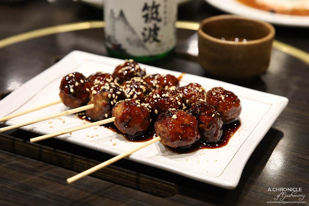 Takumi - Tsukune - Grilled chicken balls with teriyaki sauce