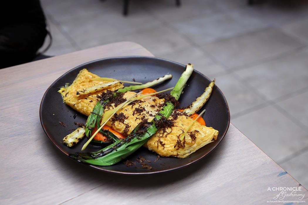 Hiatus - Corn and Crab - Crab omelette, chilli ketchup, baby corn, leeks ($20)